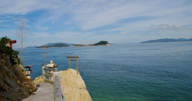 시코쿠의 최북단 – 다카마쓰 성을 지키는 타케이 칸논 미사키