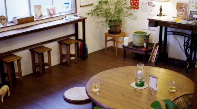 Chottoco-ma - lounge - Takamatsu Hostel