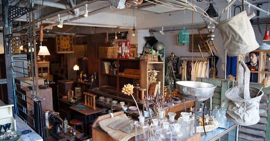 Ironmonger - Antique shop in Takamatsu