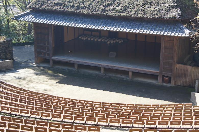 shikokumura_theater