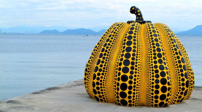直島 - 黃色的大南瓜