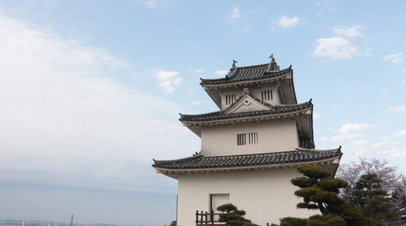 擁有四國歷史最悠久的木造天守 丸龜城